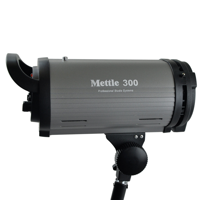 فلاش استودیویی M-300 متل