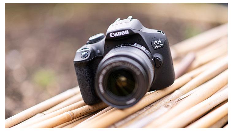 دوربین کانن مدل 2000D